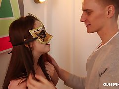 Smooth fucking encircling masked girlfriend ends encircling jizz aloft her pussy