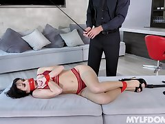 Hansome man with a large dick loves rough having it away Alana Cruise