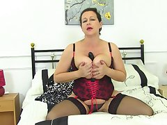 Tight auntie reveals some munificence fuck without equal scenes on cam