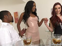 Interracial threesome with pornstars April Do a snow job on with the addition of Ashley Aleigh