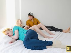 Not so trustworthy stepsister fucks her stepbro to the fullest extent a finally her man is sleeping