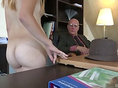 Old vs young porn video with skinny blonde hottie Humdinger Cake