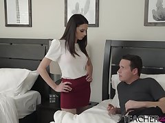 Sexy bus Eva Long helps her student to get rid of a boner