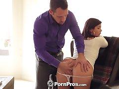 Hot Miss Lonelyhearts Keisha Grey shows big bosom at a job interview