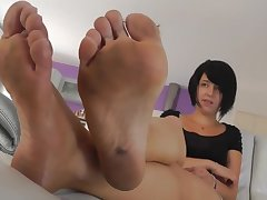 french dirty feet - amulet kinky video