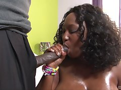 Chubby ebony loves the hard pumping the brush follower groupie applies