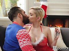 Sexy blonde babe Skye Blue kisses her trestle on Xmas eve and gets nailed