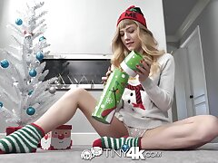 Skinny babe in arms Ivy Wolfe swallows balls and sucks a huge cock on Xmas Eve