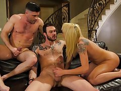 Cute tattooed chick gets wild with two bisexual dudes