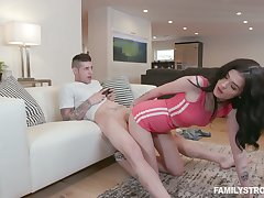 Craving be beneficial to sex teen Nikki Venom gets into pants of her stepbrother obsessed here video games