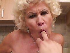 Effie Granny port side