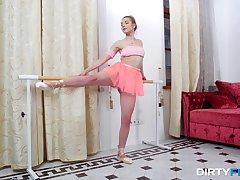 Flexible Russian teen Anna Krowe lifts her miniskirt to be fucked